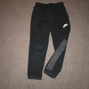 Nike dry fit pants, size 6, pockets and drawstring